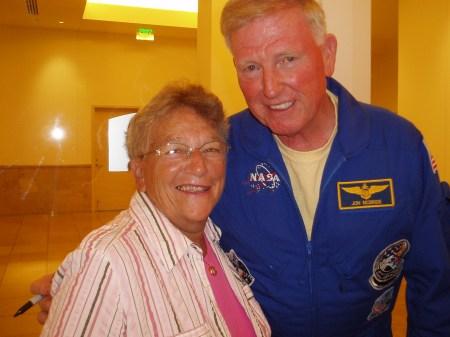Grammy LanceAround Meets the Astronaut